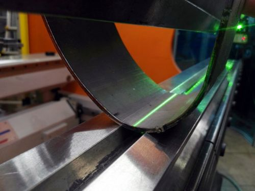 laser-tracker-zkružení.jpg
